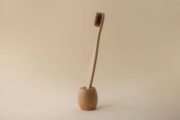 soporte de bambu para cepillo de dientes